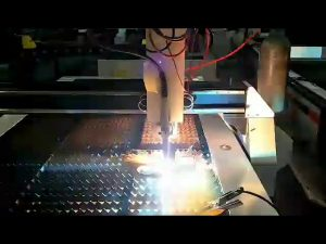 sithik mesin pemotong baja plasma murah-murah cnc mesin pemotong plasma cilik